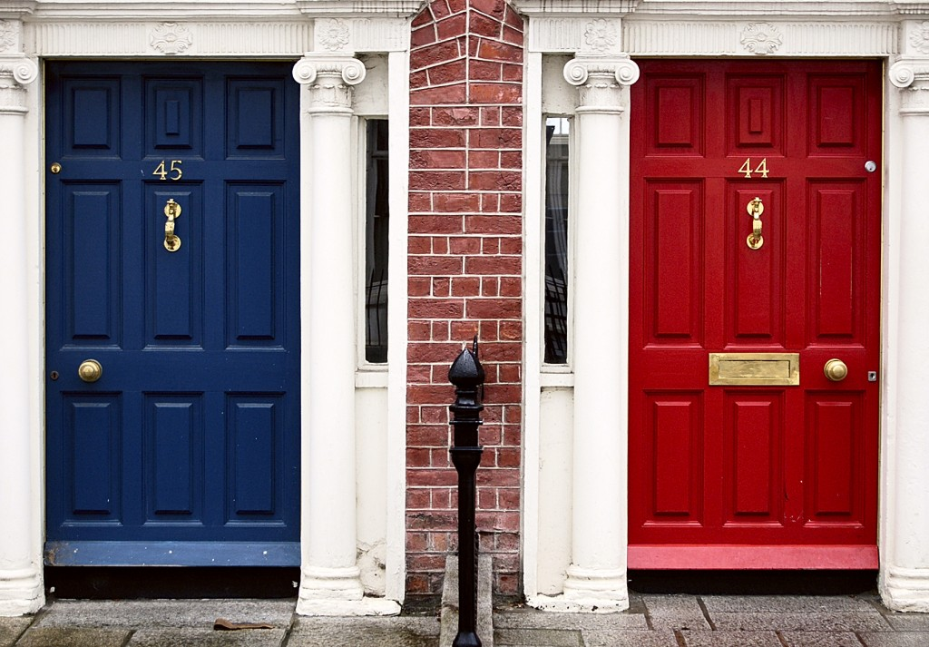 Blue_and_red_doors_(256704837)